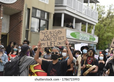 """TORONTO-MAY 30:A sign saying""""not all cops are bad"""" during a rally to protest the death of a Black woman with mental illness, who died in police presence on May 30,2020 in Toronto,Canada"""