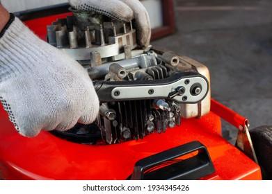 Torque wrench, mower repair - profesional service.