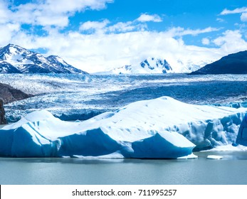 TORRES DEL PAINE NATIONAL PARK, PATAGONIA, CHILE - Amazing view of Guardería Grey Glacier.