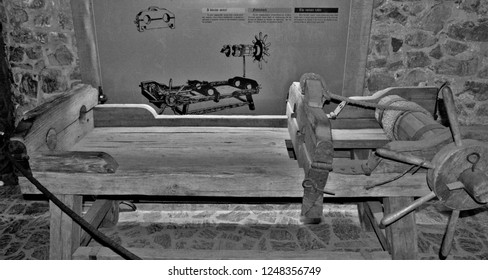 the torture chamber at Corvin Castle in Hunedoara city - Romania 01.Dec.2018 There were various tortures, whips, hooks or mutilations by pulling away parts of the body.It worked until 1787.