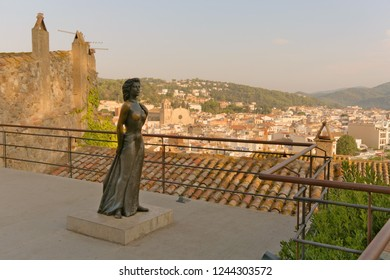 Tossa de Mar, Catalonia, Spain, August 2018. Bronze monument to American actress Ave Gardner in the old fortress.