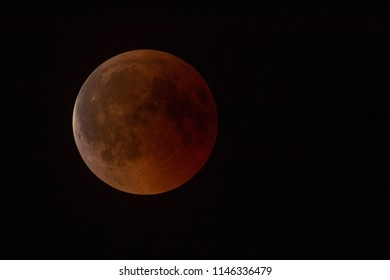 Total Lunar Eclipse - Bloody Moon