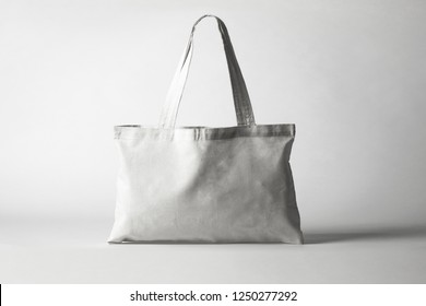 Tote bag canvas fabric cloth shopping sack mockup blank template isolated on white background (clipping path).High resolution photo.