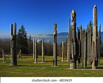 Totems, Vancouver, Canada