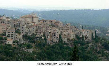 Tourettes sur Loupe, a charming village in France