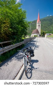 Touring bike in Italy
