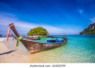 Tourist boat transfer to Krabi