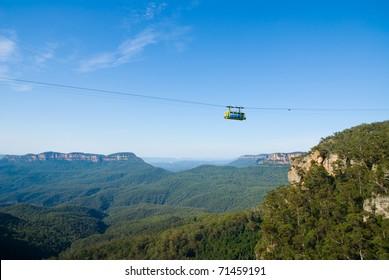 Tourist Gondola crossing gorge near Katoomba in the Blue Mountains National Park, NSW, Australia