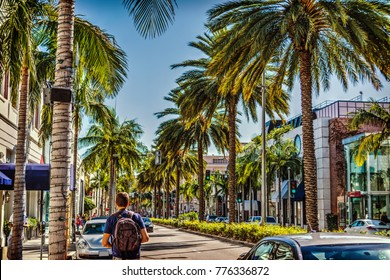 Tourist in Rodeo Drive on a sunny day. Beverly Hills, California