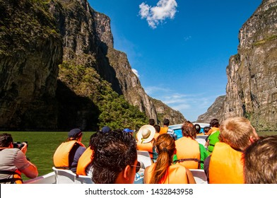 Tourists exploring nature in Canyon del Sumidero in Chiapas, Mexico