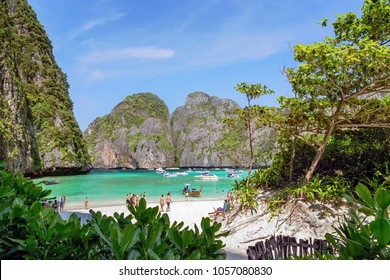 Tourists in Maya bay, Ko Phi Phi Lee, Krabi, Thailand