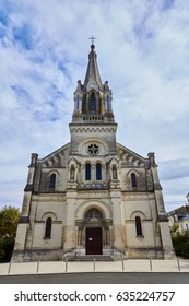 Tours is a city located in the centre-west of France. It is the administrative centre of the Indre-et-Loire department and the largest city in the Centre-Val de Loire region of France