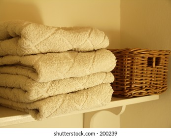 Towels on scelf
