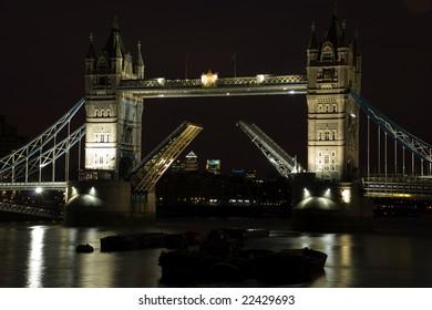 Tower bridge london at night