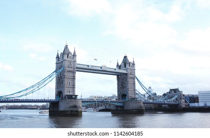 Tower bridge in london on cloudy day