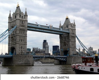 tower bridge (London, UK)