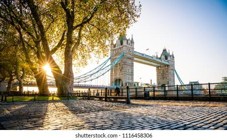 Tower bridge at sunrise in autumn