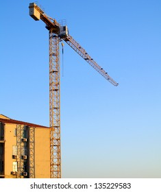 A Tower Crane near to Building