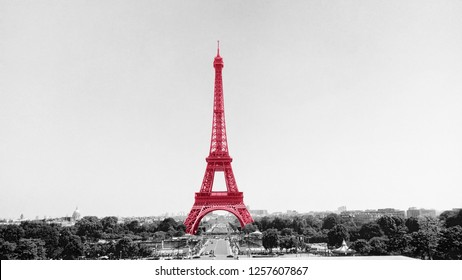 The Tower Eiffel painted in pink tint