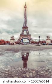 Tower Eiffel Reflex - Jan 2019