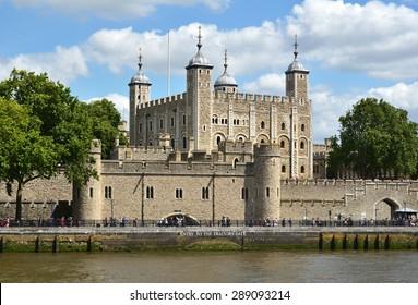 Tower of London - Shutterstock ID 289093214