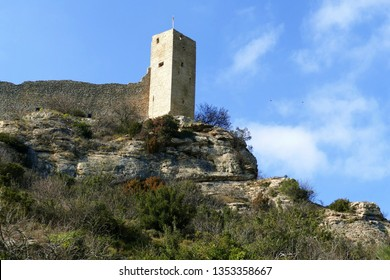 Tower and ramparts of the fortress of Mornas near Orange, Vaucluse, France