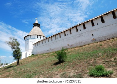 tower of the red gates of the astrakhan kremlin