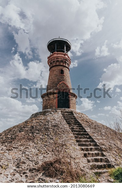 tower-river-brick-lighthouse-against-600