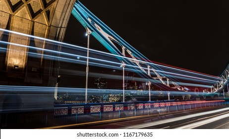 Towerbridge in Londo UK (GBR) by night