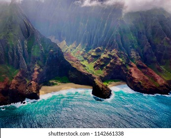 Towering sea cliffs and turquoise coast, Kauai, Hawaii