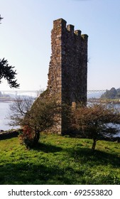The Towers of the West are the defenses that had ordered to build after repelling a Viking attack Bishop Cresconio in Catoira, Galicia, to protect Santiago Compostela of an incursion from the Atlantic