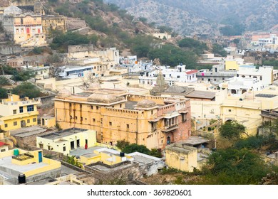 Town around Amer Fort (Amber Fort and Amber Palace), a town near Jaipur, Rajasthan state, India. UNESCO World Heritage Site as part of the group Hill Forts of Rajasthan.