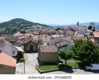 the town of Belmonte surrounded by mountains