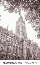 Town Hall in Albert Square by Waterhouse (1877); Manchester; England