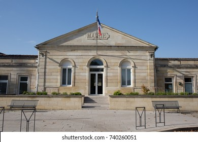 town hall entrance mairie in french means cityhall