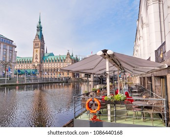 Town Hall in Hamburg city, lake Binnenalster, street cafe, historical center