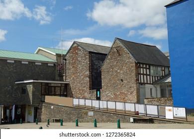 town hall in totnes, devon