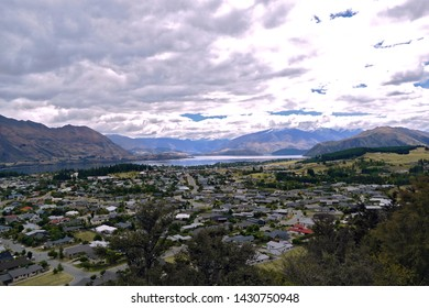 The town of Wanaka NZ