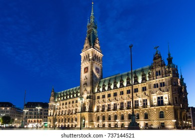 Town-hall of Hamburg at dusk during blue hour
