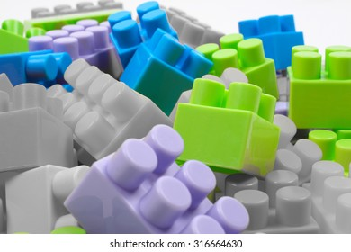 Toy cubes designer