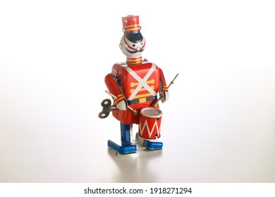 toy of a drummer soldier
