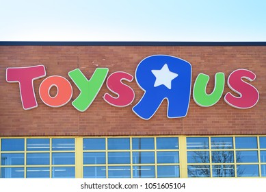 Toys R Us toy store sign. Danbury, Connecticut on March 17, 2018.
