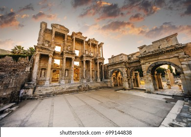 TR / Celsus Library in Ephesus ( Canon EOS 5D Mark IV + Sigma 12-24mm F4 DG HSM Art Lens )