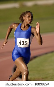 track athlete running in competition