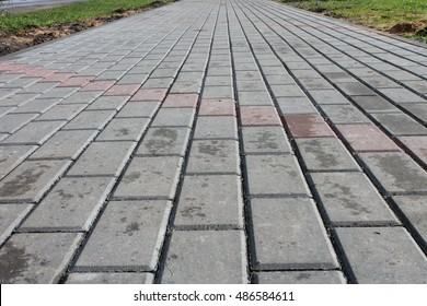 Track of the tiles in the city alleys