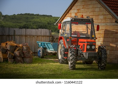 Tractor with siding