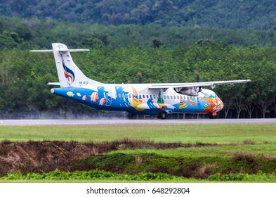 Trad Thailand 27 may 2017 : The Bangkok airways by ATR72-500 was taking off on wet runway of Trad airport.