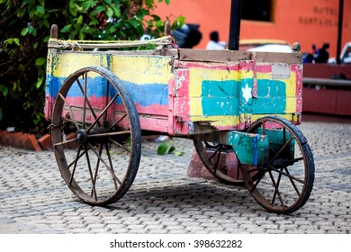 Tradicional wagon in Cartagena de Indias