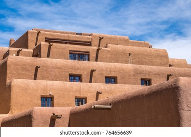 Tradional stucco architecture in Santa Fe New Mexico in the downtown plaza.