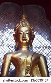 tradition golden thai buddha statue background